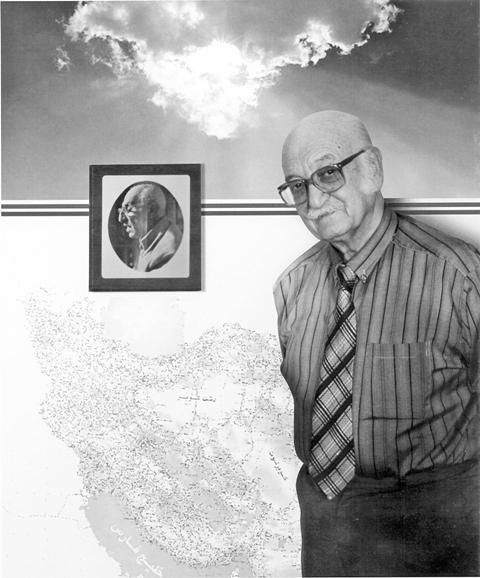 دکتر پرویز ورجاوند